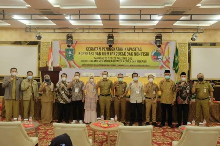 Foto Disperindagkop Provinsi Riau dan Pemkab Meranti saat melakukan Kegiatan Peningkatan Kapasitas Koperasi dan UKM.