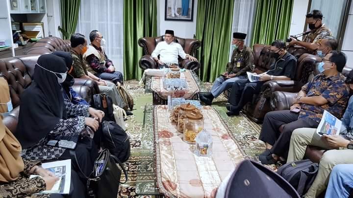 Foto Bupati Kepulauan Meranti H. Muhammad Adil SH, saat melakukan pertemuan bersama Badan Nasional Penanggulangan Bencana (BNPB) RI.