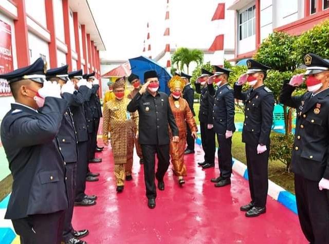 Foto Gubernur Provinsi Kepulauan Riau, H. Ansar Ahmad saat Di Lapas Kelas II A Tanjungpinang.