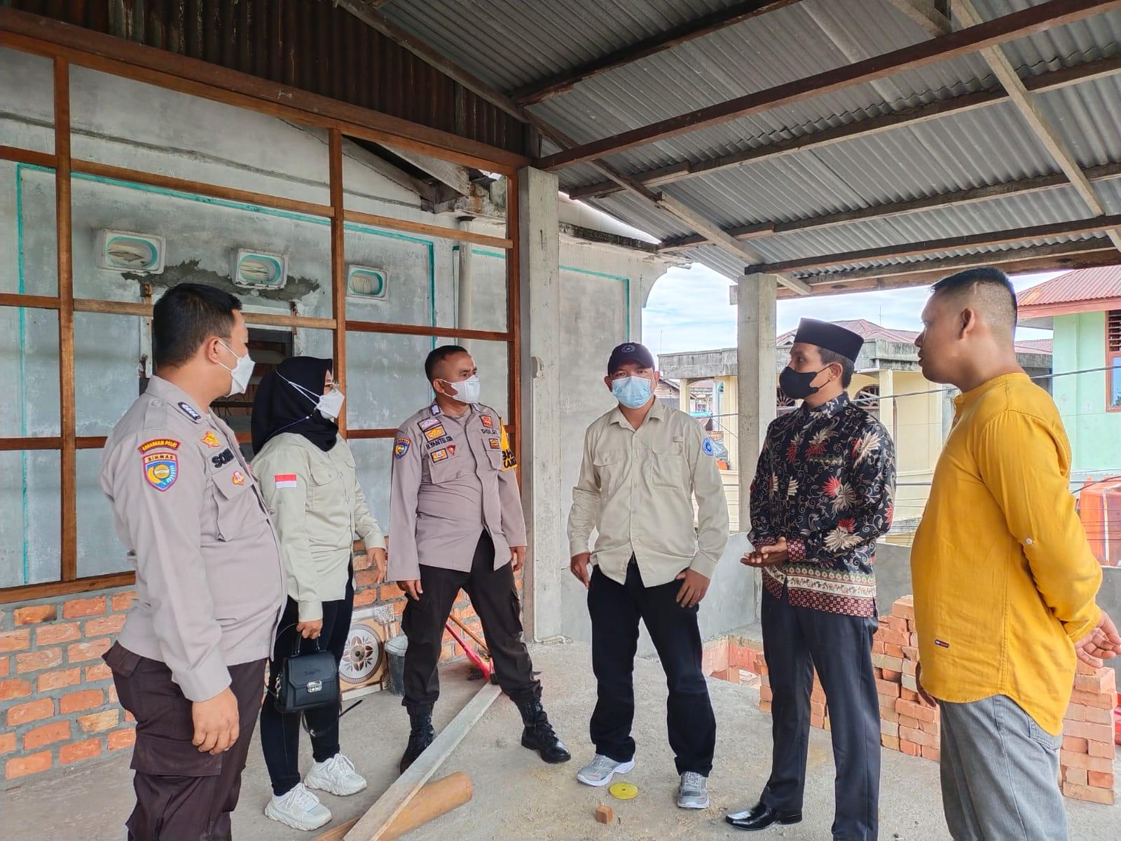 Foto Personil polres Meranti saat melakukan operasi Bina Waspada.