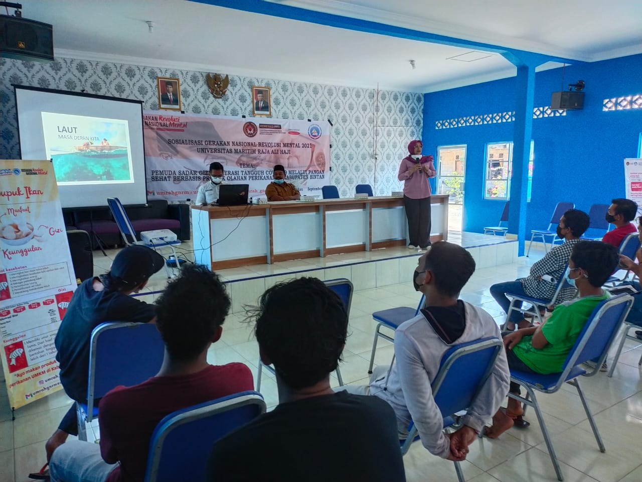 Narasumber Kegiatan GNRM UMRAH, Dr. Ir. T Ersti Yulika Sari, S.Pi M.Si Yang Juga Merupakan Dekan Fakultas Ilmu Kelautan dan Perikanan UMRAH.