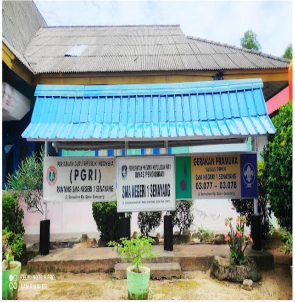 Foto Plank Sekolah SMAN-1 Senayang Kabupaten Lingga