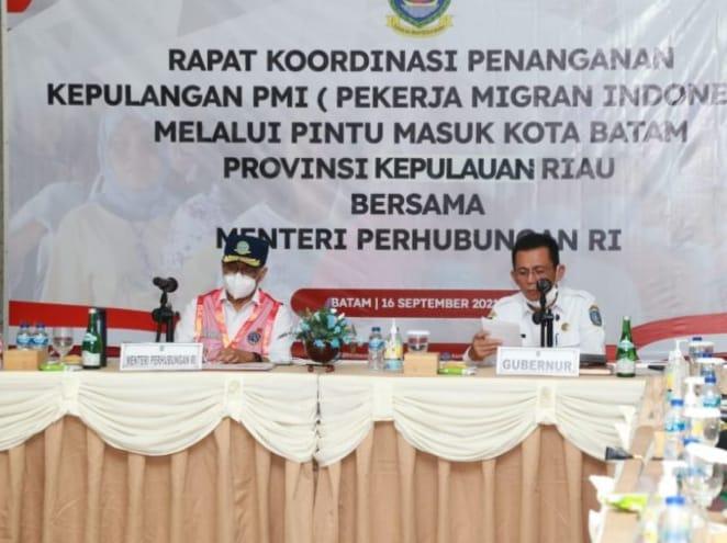 Gubernur H Ansar Ahmad bersama Menteri Perhubungan RI Budi Karya Sumadi Membahas Pemulangan Ribuan PMI (Pekerja Migran Indonesia) Yang Masuk Melalui Batam Dan Tanjungpinang