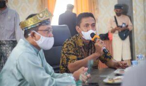 Kepala Seksi KPPN Tanjungpinang, Masrianto yang mewakili Pimpinan Direktorat Perbendaharaan Provinsi Kepulauan Riau,