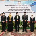 Gubernur Kepri, H. Ansar Ahmad Foto Bersama Pejabat Yang Baru Dilantik