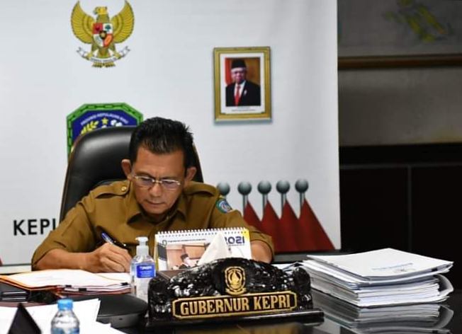Foto Gubernur Kepri, H.Ansar Ahmad.SE., MM. (sumber foto Humpro)