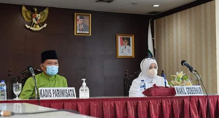 Wagub Hj Marlin Dan Kadis Pariwisata Kepri Buralimar Menghadiri Hari Puncak Karya Kreatif Indonesia (KKI) 2021 Secara Virtual Yang Dibuka Oleh Ibu Negara Iriana Joko Widodo,