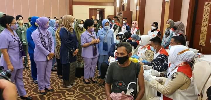 Kedatangan Panglima TNI Juga Disejalankan Dengan Program Vaksinasi Bagi Masyarakat