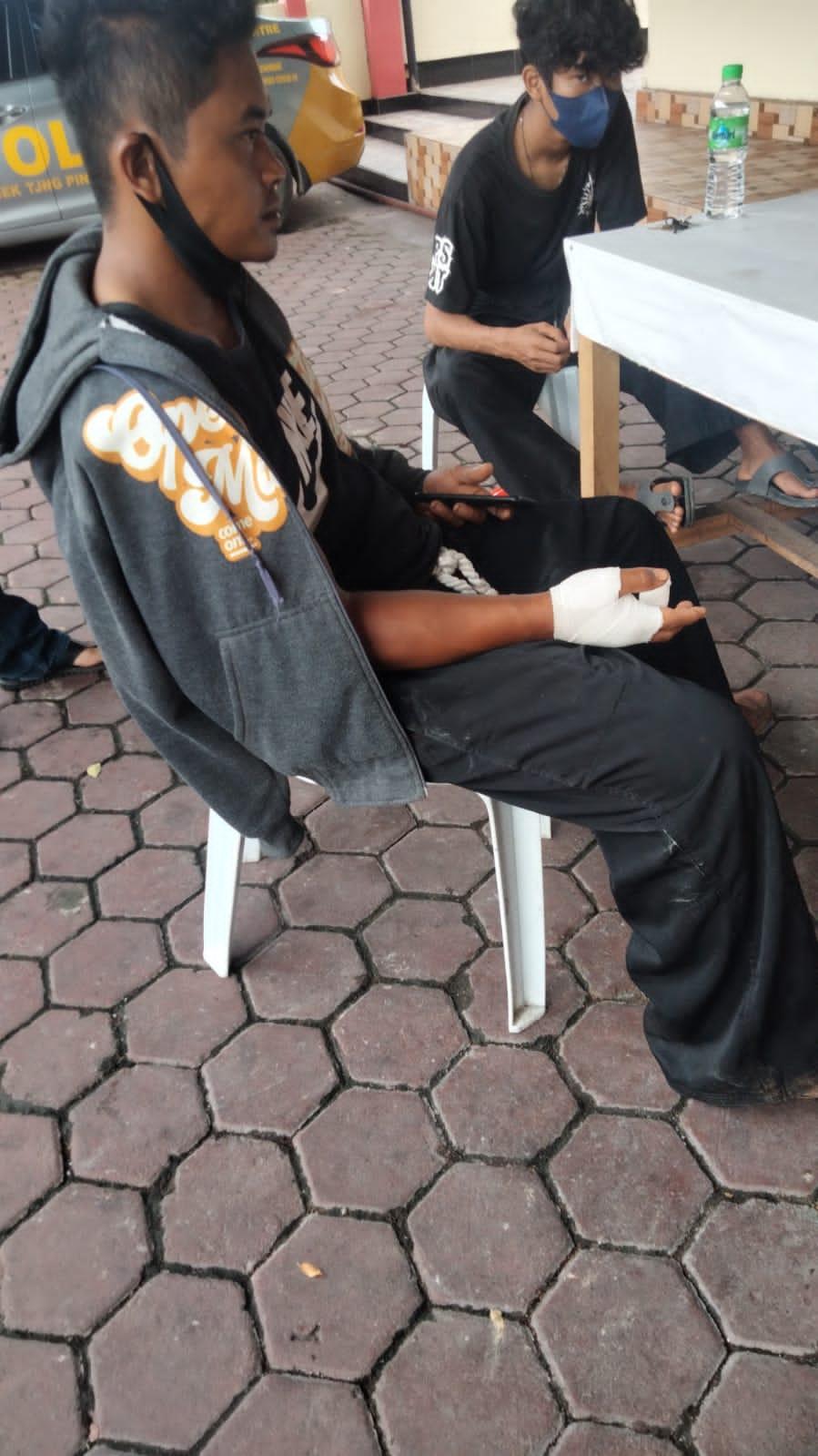 Korban Aan Purwanto Saat Mendatangi Polsek Tanjungpinang Timur Untuk Membuat Laporan Polisi