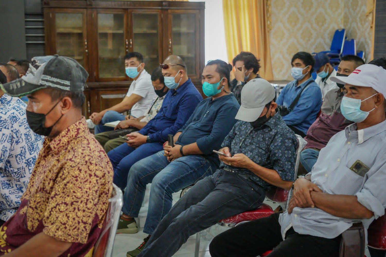 Foto Para Pengusaha Tambang Yang Beroperasi Di Kabupaten Lingga