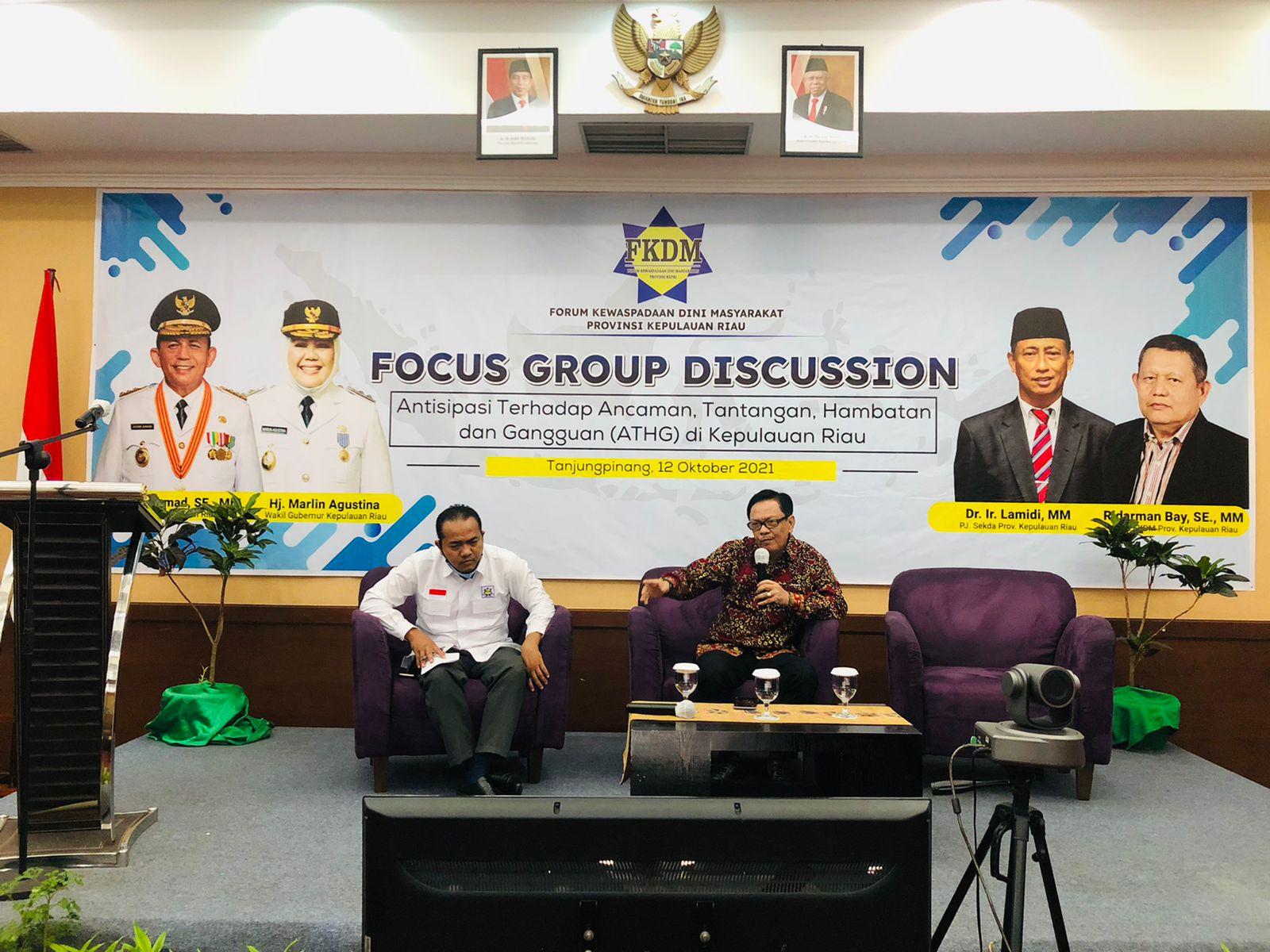 Forum Grub Discussion (FGD) Oleh FKDM Provinsi Kepri Di Hotel Aston Pada Selasa (12/10).