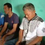 Foto Mulyadi (baju putih) Ketua BPD Desa Mamut Kecamatan Senayang Kabupaten Lingga