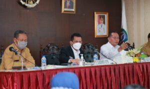 Gubernur Kepulauan Riau H. Ansar Ahmad melakukan pertemuan dengan ratusan pelaku dan asosiasi pariwisata Kepri Terkait Travel Bubble